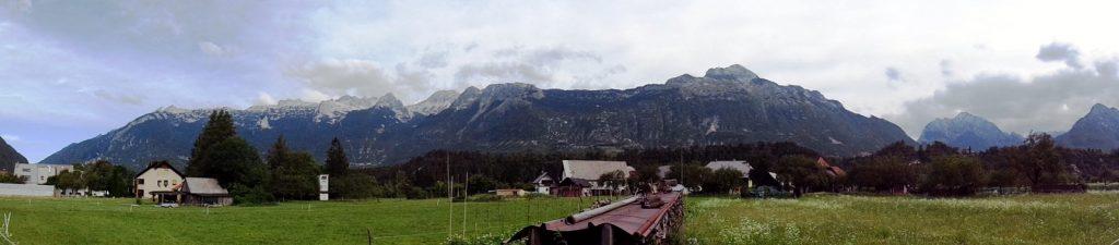 Vodácka dedinka Čezsoča vás privíta takýmto krásnym prostredím