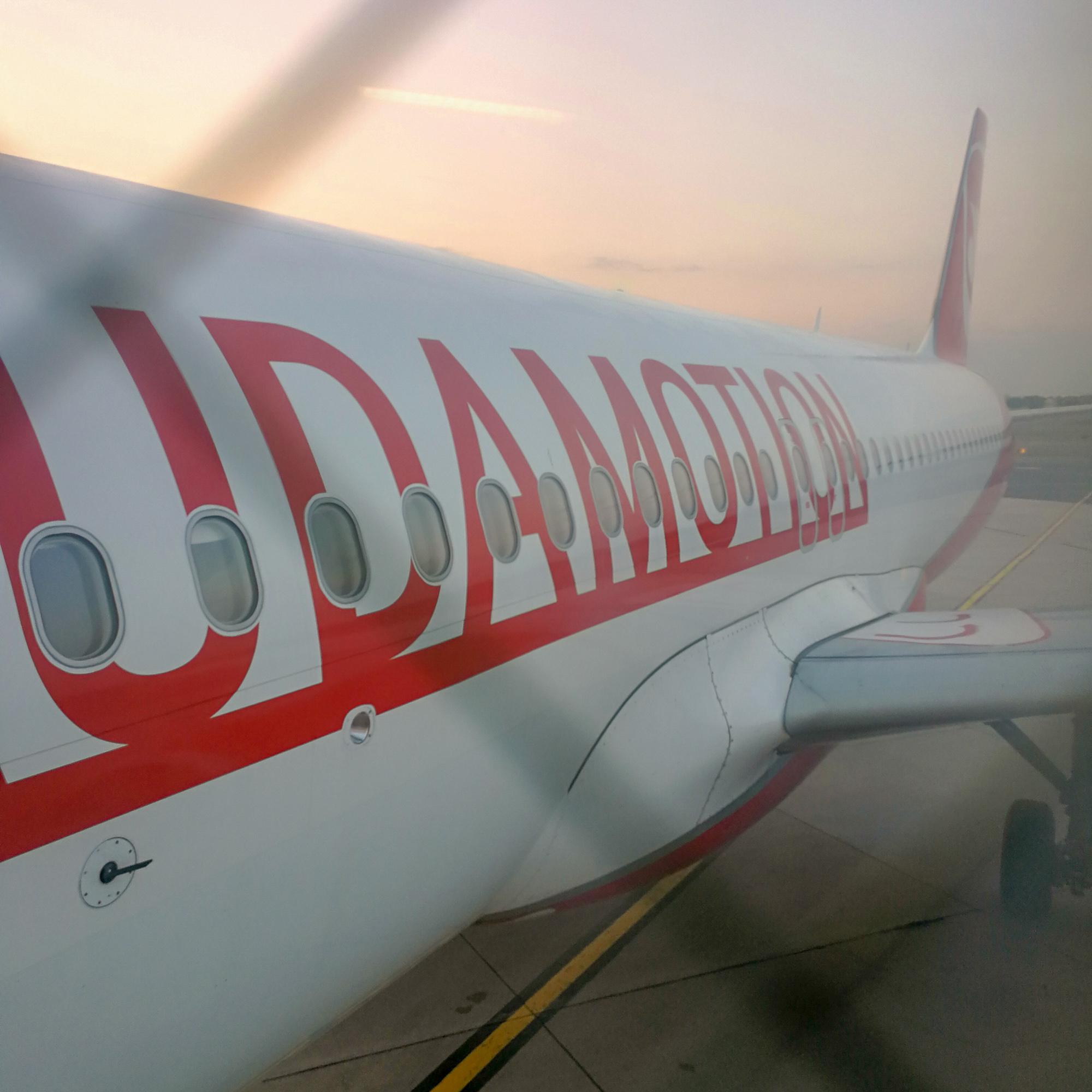 e352d7b08e857 Aké je to letieť s Laudamotion? Netreba sa niečoho obávať pri novej  leteckej spoločnosti? Ako prebieha booking? Aká je kvalita služieb na palube ?